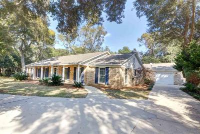 Gulf Breeze Single Family Home For Sale: 405 Kenilworth Ave