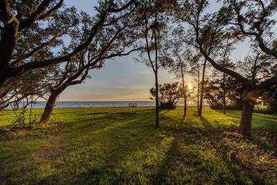 Gulf Breeze Residential Lots & Land For Sale: 734 Peakes Point Dr