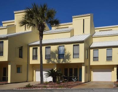 Navarre Condo/Townhouse For Sale: 8520 Gulf Blvd #14