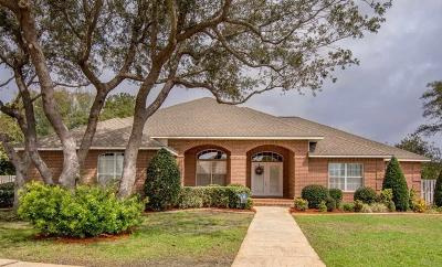 Gulf Breeze Single Family Home For Sale: 2536 Meek St