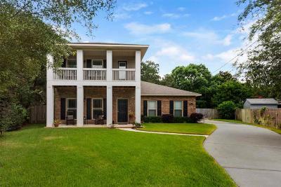 Gulf Breeze Single Family Home For Sale: 1240 Brad Thomas Dr
