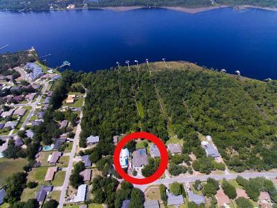 Navarre Single Family Home For Sale: 7842 Sleepy Bay Blvd