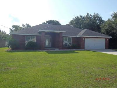 Navarre Single Family Home For Sale: 2070 Hawthorne Dr