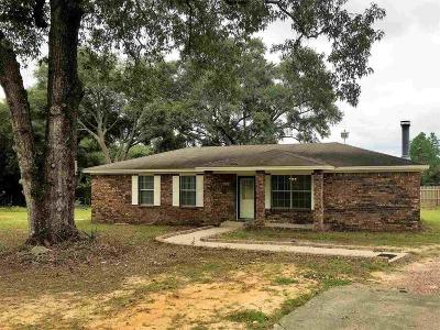 Cantonment Rental For Rent: 634 Bocage Rd