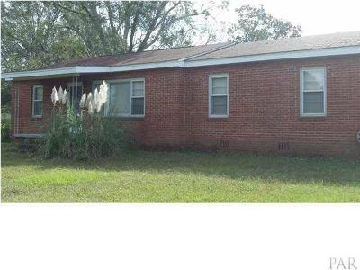 Cantonment Rental For Rent: 1499 Old Chemstrand Rd