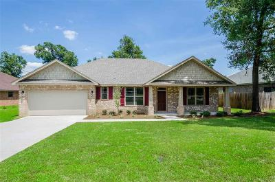 Cantonment Single Family Home For Sale: 436 Nowak Rd