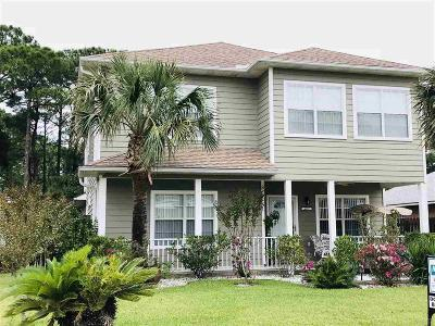 Pensacola Single Family Home For Sale: 4637 Isles Dr