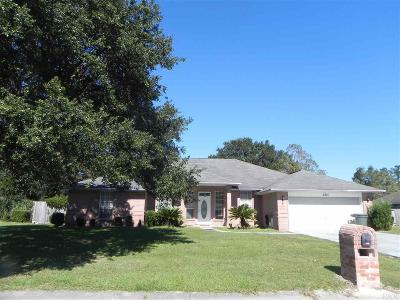 Cantonment Single Family Home For Sale: 2235 Dovefield Dr