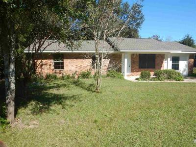 Pace Single Family Home For Sale: 4448 Angie Ln