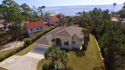 Navarre Single Family Home For Sale: 6535 Tidewater Dr