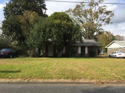 Cantonment Single Family Home For Sale: 1002 Woodbury Pl