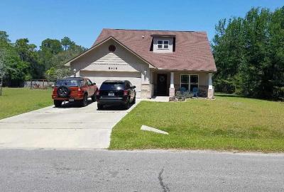 Navarre Single Family Home For Sale: 8418 Sevilla St