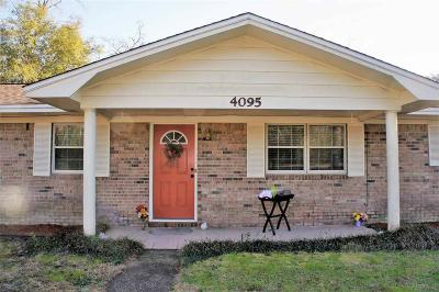 Milton Single Family Home For Sale: 4095 Ward Basin Rd