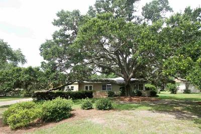 Pensacola Single Family Home For Sale: 19 Star Lake Dr