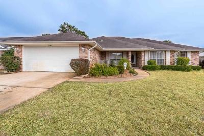 Navarre Single Family Home For Sale: 2314 Tally Ln
