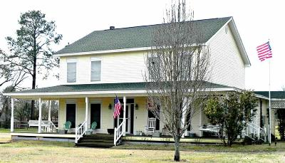 cantonment Single Family Home For Sale: 3121 Hwy 297 A