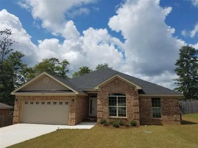Cantonment Single Family Home For Sale: 2393 Bentley Oaks Dr
