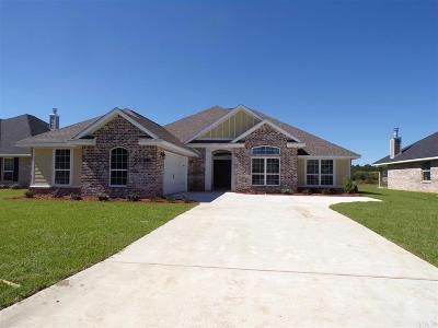 Pensacola Single Family Home For Sale: 7743 Winter Greene Dr
