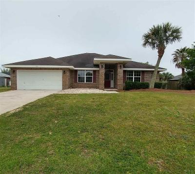 Gulf Breeze Single Family Home For Sale: 1723 Village Pkwy
