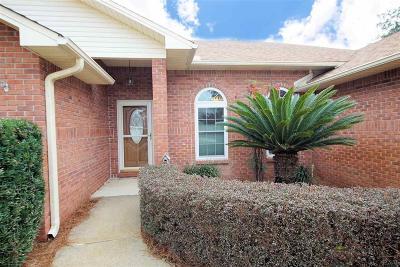 Navarre Single Family Home For Sale: 9369 Stonehurst Ct
