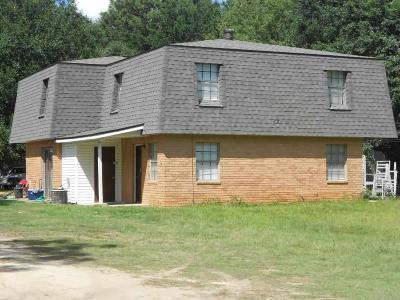 Cantonment Multi Family Home For Sale: 1111 Lake Dr
