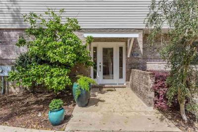 Pensacola Condo/Townhouse For Sale: 6148 The Oaks Ln #B