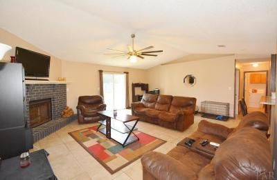 Gulf Breeze Single Family Home For Sale: 1772 Village Pkwy