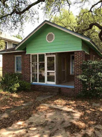 Pensacola FL Single Family Home For Sale: $150,000