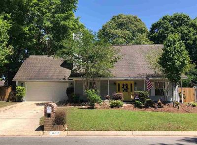 Cantonment Single Family Home For Sale: 1604 Colwyn Dr