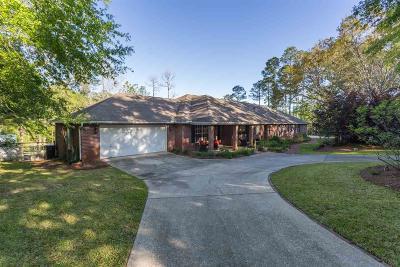 Pensacola Single Family Home For Sale: 7408 Hidden Valley Rd