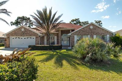 Navarre Single Family Home For Sale: 2351 Whispering Pines Blvd