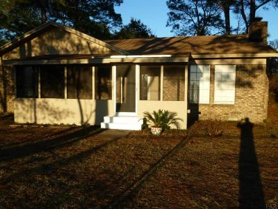 Pensacola Single Family Home For Sale: 1650 Dogtrack Rd