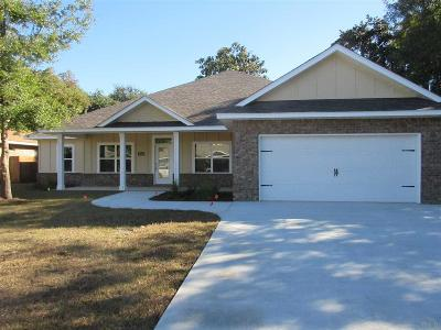 Gulf Breeze Single Family Home For Sale: 5469 Dallas Ct
