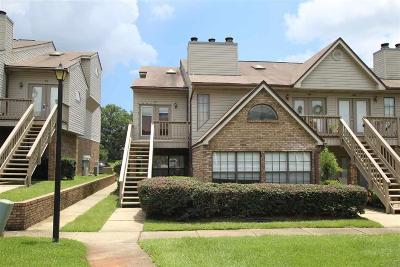 Pensacola Condo/Townhouse For Sale: 7150 Plantation Rd #421