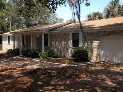 Gulf Breeze Single Family Home For Sale: 4788 Gulf Breeze Pkwy