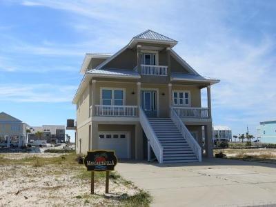 Navarre Beach Single Family Home For Sale: 7402 Grand Navarre Blvd