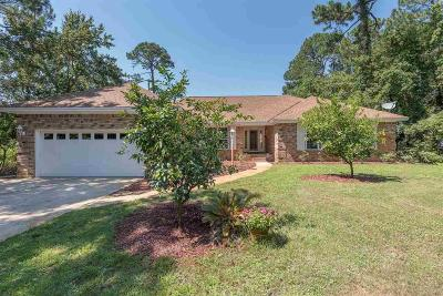Gulf Breeze Single Family Home For Sale: 3856 Paradise Bay Dr