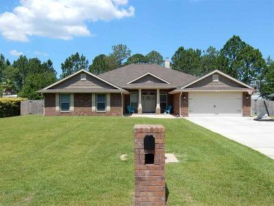 Navarre Single Family Home For Sale: 2411 Tumbleweed Dr