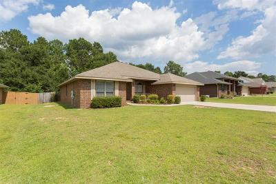 Pace Single Family Home For Sale: 5185 English Oak Dr