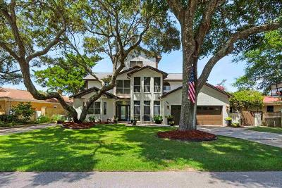 Gulf Breeze Single Family Home For Sale: 226 Pinetree Dr