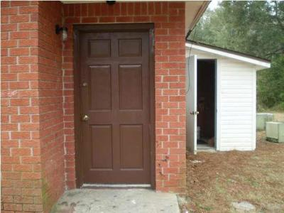 Cantonment Rental For Rent: 1121 Lake Dr #B