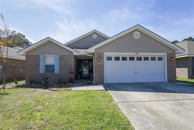Gulf Breeze Single Family Home For Sale: 1283 Sterling Point Pl