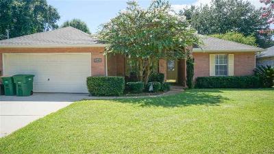 Navarre Single Family Home For Sale: 2645 Hidden Estates Cir