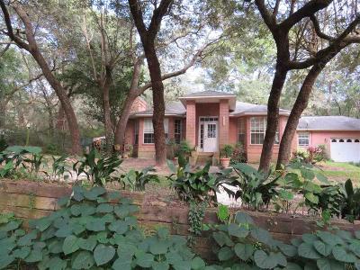 Milton Single Family Home For Sale: 7727 Lakeside Dr
