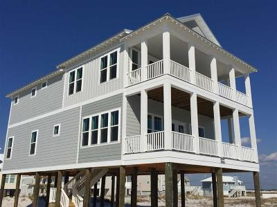 Navarre Beach Single Family Home For Sale: 7720 Gulf Blvd