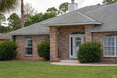 Pensacola Single Family Home For Sale: 1056 Chandelle Lake Dr
