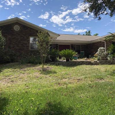 Gulf Breeze Single Family Home For Sale: 3371 Crestview Ln