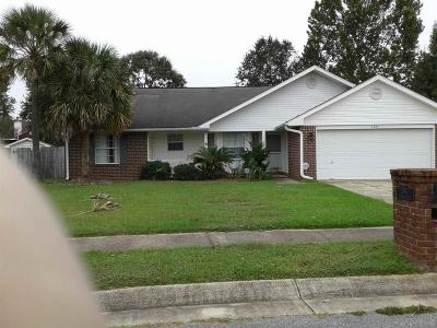 Cantonment Single Family Home For Sale: 2071 Joshua Dr