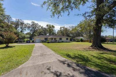 Cantonment Single Family Home For Sale: 151 Daylily Rd