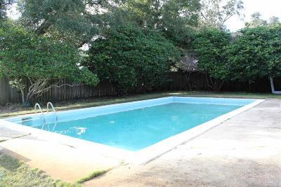 Pensacola Single Family Home For Sale: 4 Navaho Dr
